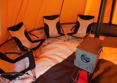 stoeltjes-in-tent